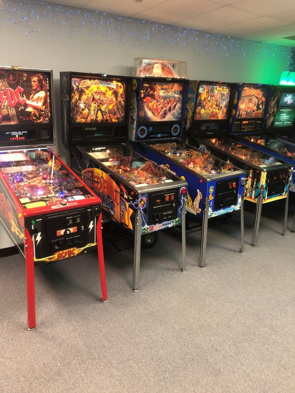 2 hour Group Pinball Reservation for 9 people